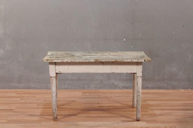 Farmhouse Rustic Distressed Coffee Table