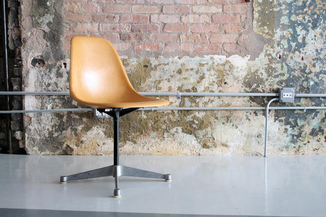 Eames for Herman Miller shell chair in Rare Color on contract base