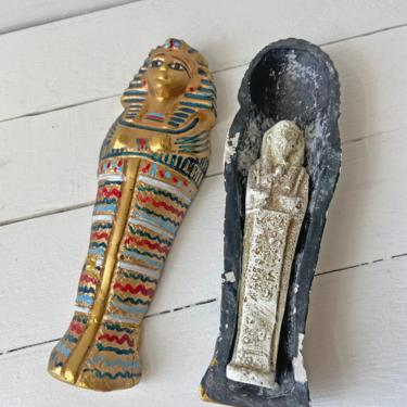 Vintage King Tut Sarcophagus With Mummy // Ancient Egypt Collector, Lover // Mummy Historian Decor // Unique Egypt Decor // Perfect Gift by CuriouslyCuratedShop