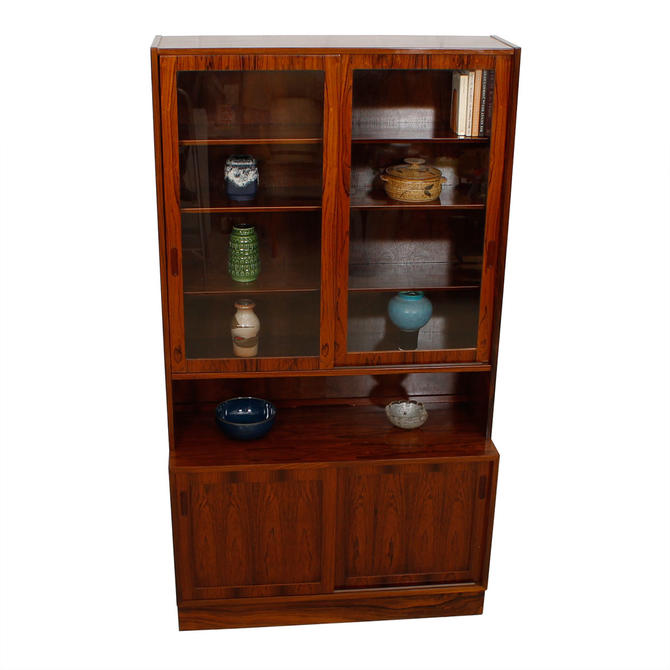 Condo Sized (42.5″) Danish Rosewood Display Cabinet \/ Bookcase