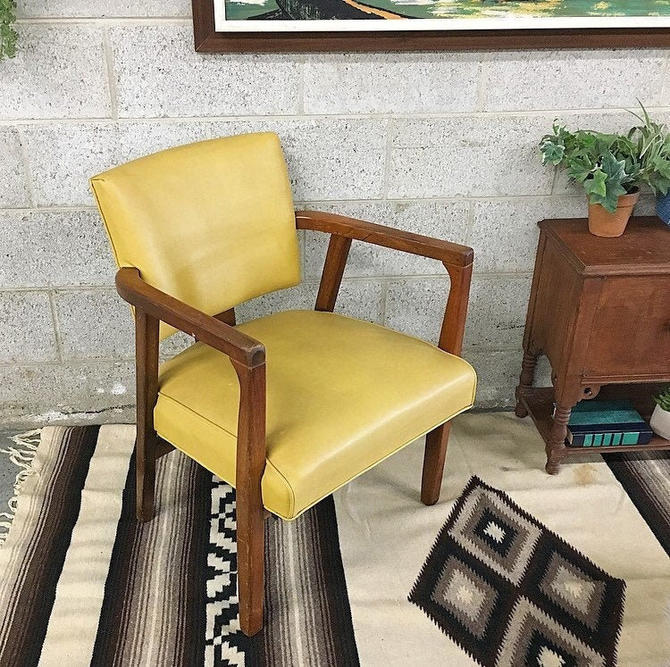LOCAL PICKUP ONLY --------------- Vintage mcm Chair by RetrospectVintage215
