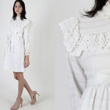 Neat Cream Seersucker Mini Dress / Vintage 70s Crochet Lace Bib / Plain High Waisted Western Dress / 1970s Simple Cut Out Eyelet by americanarchive