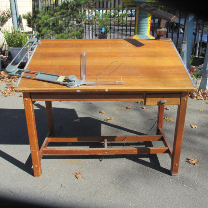 MAPLE DRAFTING TABLE