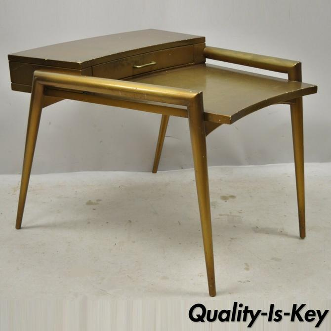 Weiman Mid Century Modern Atomic Era Two Tier Step End Table with Tapered Legs