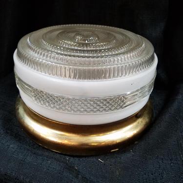 Vintage 2 bulb flush mount 9 (diam) x 5