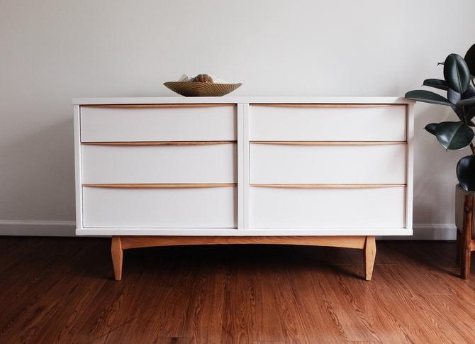 White/Natural Wood Mid Century Modern Dresser by Kent Coffey by madenewdesignct