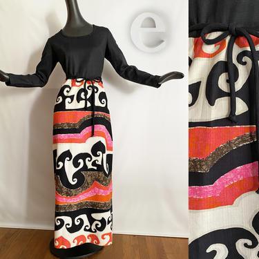 Large Vintage 60s 70s Hawaiian Maxi Dress • Long Sleeved •MOD Psychedelic Orange Hot Pink + Black Barkcloth • Tiki Oasis Beach Pool • NOS by elliemayhems
