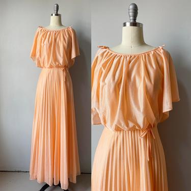 1970s Maxi Dress Pleated Gown Small by dejavintageboutique