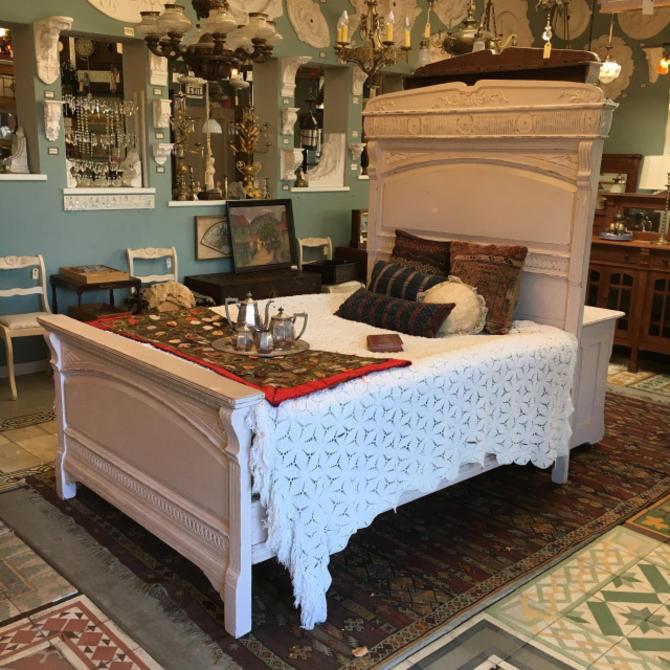 Large Victorian Bedframe & Dresser