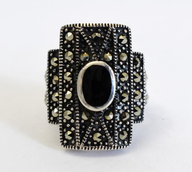Big 80's Art Deco style sterling onyx marcasite size 7 shield ring, edgy geometric 925 silver pyrite black cab statement ring by BetseysBeauties