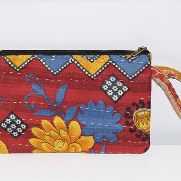 Vintage Cotton Kantha Pouch, Travel Zip Pouch, Cosmetic Bag, Makeup Bag, Toiletry Bag, India Kantha Embroidery, Flat Zipper Pouch, Wristlet by AmishaPrints