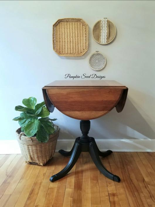 Cherry Duncan Phyfe Clover Accent Table