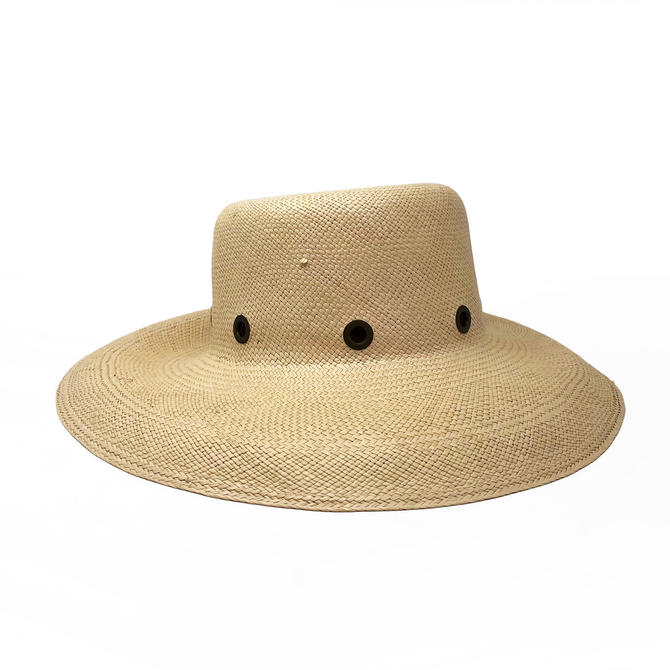4a1a1608d88 Burberry Straw Hat from Secondi of Dupont Circle - Washington
