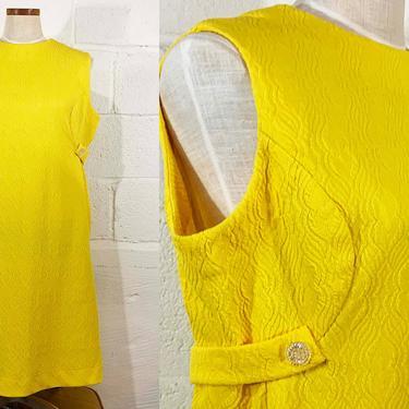 Vintage Sunshine Yellow Dress Sleeveless 60s Mod 1960s Mini Scooter Mid-Century Twiggy Plus Size Curvy Volup XXL 1XL 1X XL 2XL 2X by CheckEngineVintage
