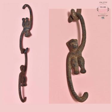 Vintage Metal Monkey Hangers, Plant Hanger, Hooks Decorative Apes Cast Iron Animal Fixture hardware 1970's, 1960's by Boutique369