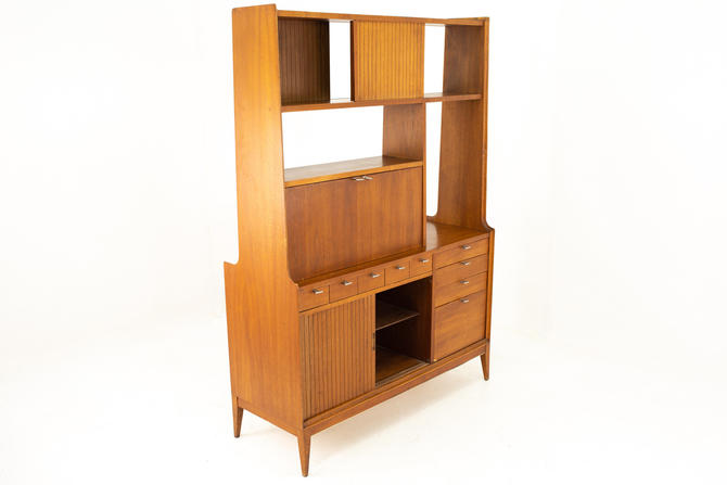 Arthur Umanoff for Cavalier Mid Century Double Sided Room Divider Bar Display Shelving - mcm by ModernHill