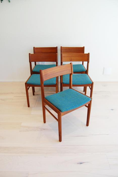 Danish Modern Teak Dining Chairs V & S Mobelfabrik in Denmark - Set of 5 by MidCentury55