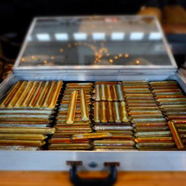 "Rare Tiffany Studios Gold Aurene Iridescent Glass Prisms, 6"""