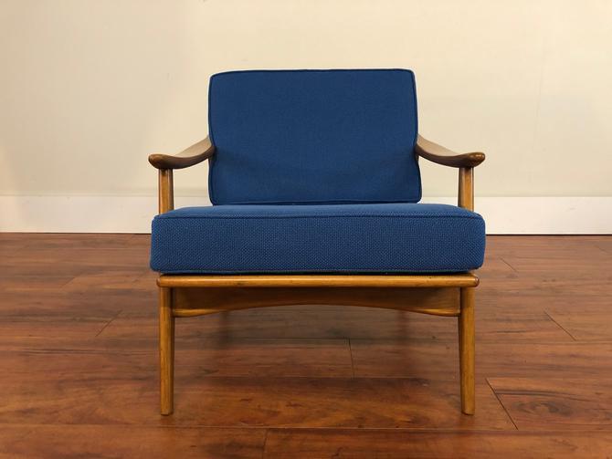 Mid Century Vintage Lounge Chair New Cushions by Vintagefurnitureetc