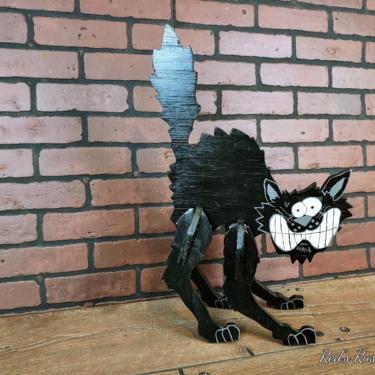 Vintage Wood 3D Black Cat by RedsRustyRelics