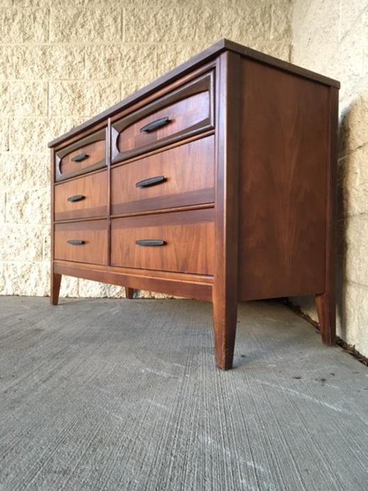 #484: 6 drawer mid century dresser