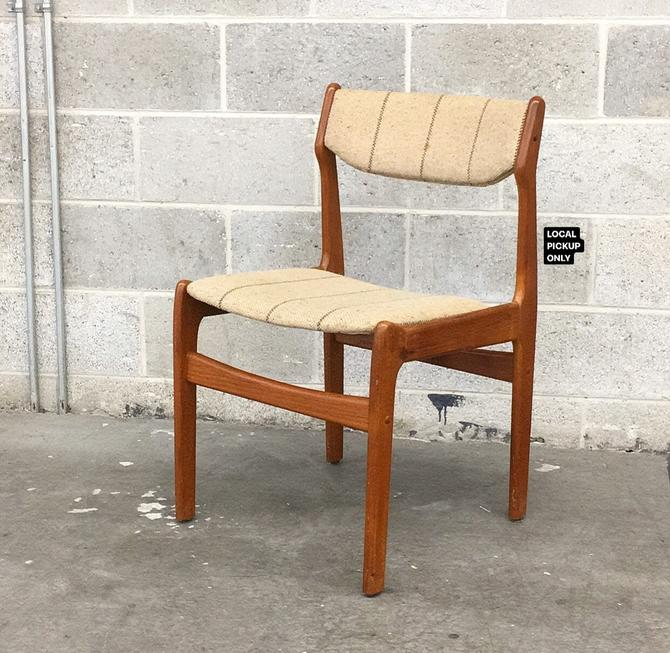 LOCAL PICKUP ONLY ———— Vintage Dining Chair by RetrospectVintage215