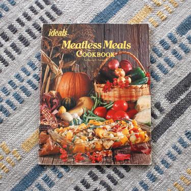 Vintage 1970s Vegetarian Cookbook Meatless Meals -  Veggie Recipes Food Photography Softcover Cookbook by SecondShiftVintage