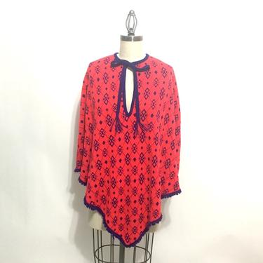 1960s red and navy argyle knit pullover poncho - size medium by NextStageVintage