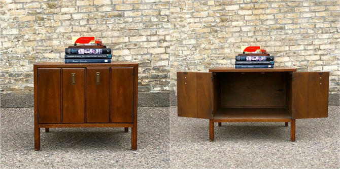 Compact Cabinet-nightstand