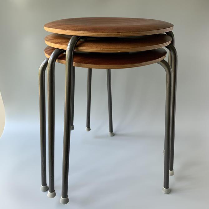 Set of 3 Arne Jacobsen Dot Stools for Fritz Hansen Danish Modern by HomeAnthology