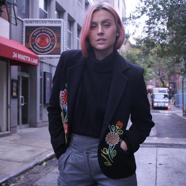 Versatile Embroidered Black Blazer | Vintage Women's Sports Coat | Sz 42 | 90s NafNaf | Red Floral Design | Womens Medium | Unique Work Wear by HamletsVintage