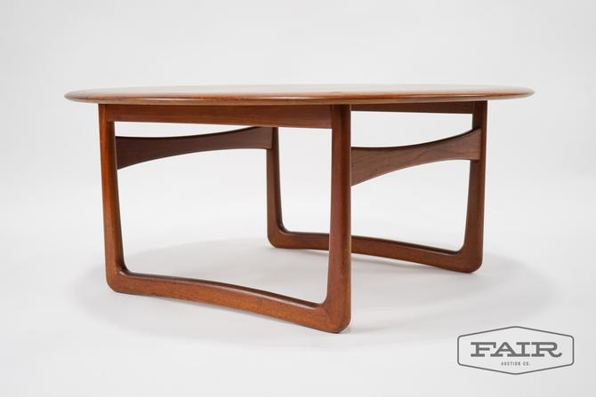 Peter Hvidt for Povl Dinesen Teak Coffee Table