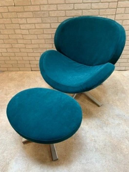 Mid Century Modern Scoop Swivel Lounge Chair and Ottoman Newly Upholstered