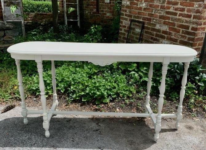 White Vintage Sofa Table