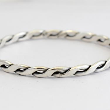 80's KB sterling geometric twist rocker stacking bangle, heavy artisan made 925 silver edgy double ribbon goth biker bracelet by BetseysBeauties