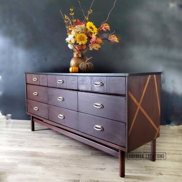 Vintage MCM Dresser. Mid Century Modern Chest of Drawers. Modern Farmhouse Media Console. Entryway Storage Console Minimalist Sideboard by LuebeckCreations