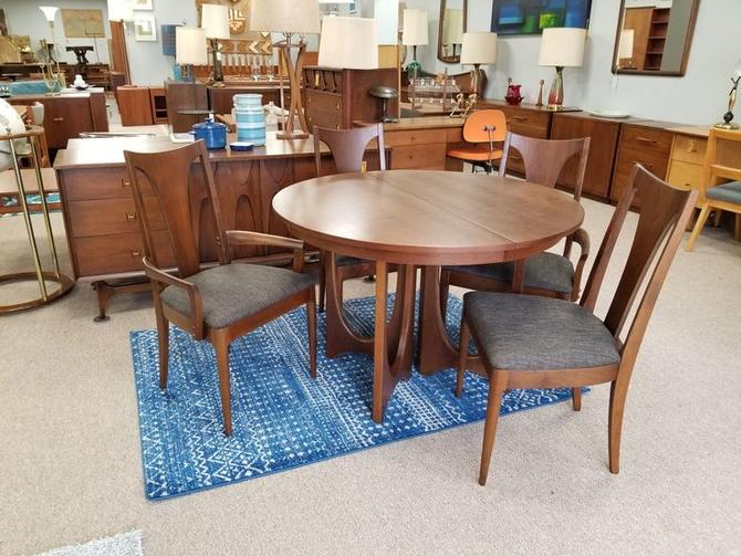 Midcentury Modern Dining Table and Chairs