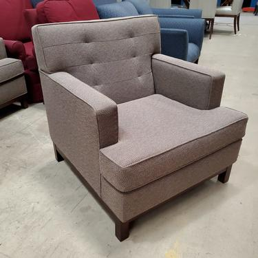 Marquis Seating Gray Club Chairs