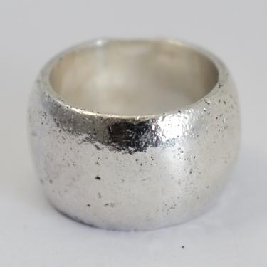 Classic 60's textured sterling size 6 cigar band, wide rough made 925 silver simple mid-century ring by BetseysBeauties