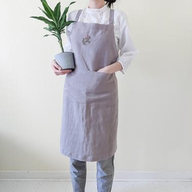 Handmade aprons for women with pockets, Hand embroidered French linen cross back aprons with ties, Washed linen aprons, Cooking gift for mom by APattesDeVelours