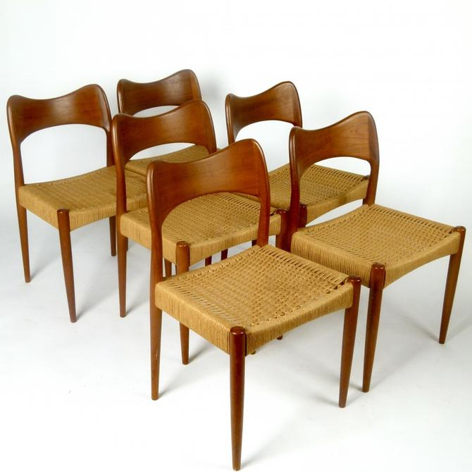 Set of 6 Chairs by Hovmand-Olsen