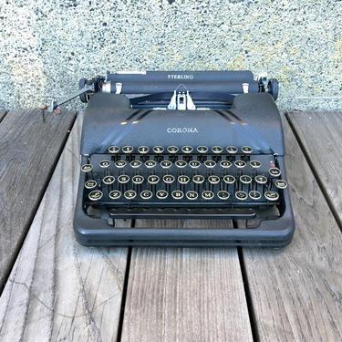 Black 1941 Smith Corona Sterling Portable Speedline Typewriter, Case, Serviced, New Ribbon by Deco2Go