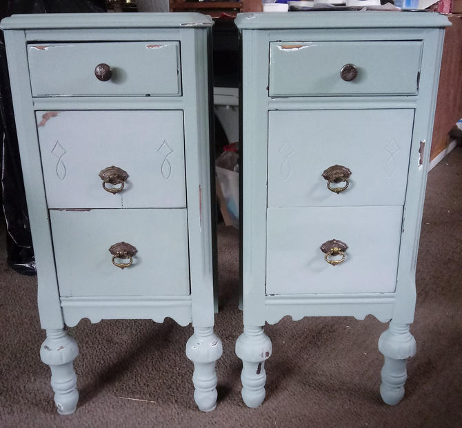 VINTAGE Nighstands, Bedside Tables, Pair of Bedside Tables, Painted, Shabby Chic, Home Decor by 3GirlsAntiques