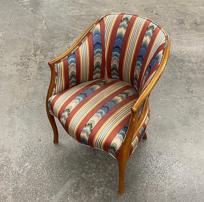 LOCAL PICKUP ONLY ———— Vintage Barrel Chair by RetrospectVintage215