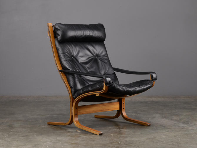 Mid Century Siesta Lounge Chair Black Leather Ingmar Relling by MadsenModern