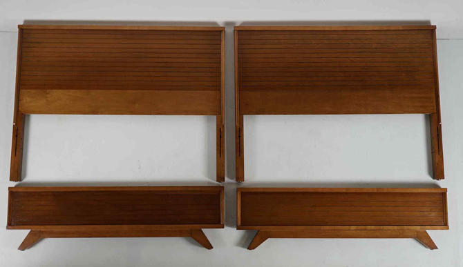 Twin Beds - Attrib. to Raymond Loewy