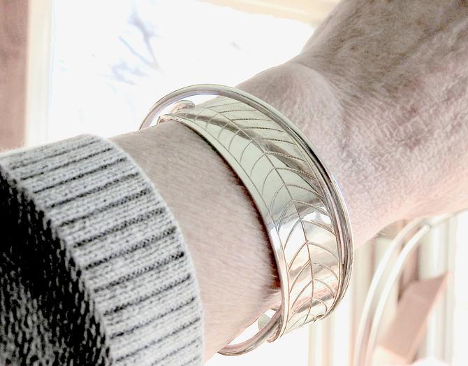 Robin Nichols Oleander Sterling Leaf Cuff Bracelet by LegendaryBeast