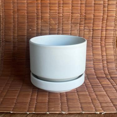 Vintage Mid-Century Richard Lindh Small Matte Bone White Flower Pot Drip Plate Finnish Design Scandinavian Arabia Finland Danish Modern by BrainWashington