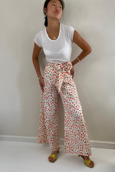 70s palazzo pants / vintage poppy floral silky crepe high waisted wide leg palazzo pants with sash belt   by RecapVintageStudio