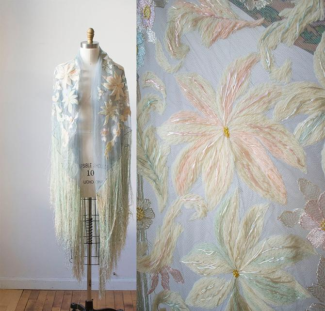 Vintage Piano Shawl / Vintage Netted Lace Piano Shawl / 20s Pale Blue Piano Shawl / Silk Floss Lace Fringed Shawl / Embroidered Floral Shawl by milkandice